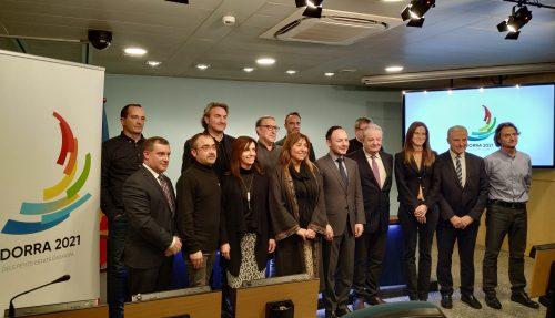 Xavier Espot et Jaume Martí présentent l'image graphique des Jeux des Petits États d'Europe, qui se dérouleront en Andorre en 2021.