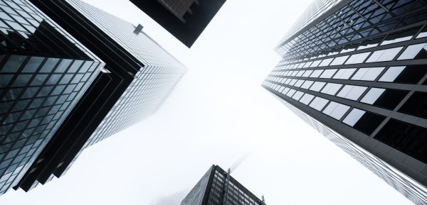 Bancos centrales que pesan más que los temores al rebrote
